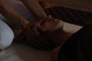 Massage doux, éveil des sens
